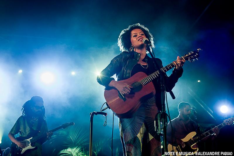 Sara Tavares - Poeiras da Língua Portuguesa