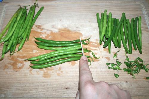 14 - Bohnen schneiden / Cut beans | by JaBB