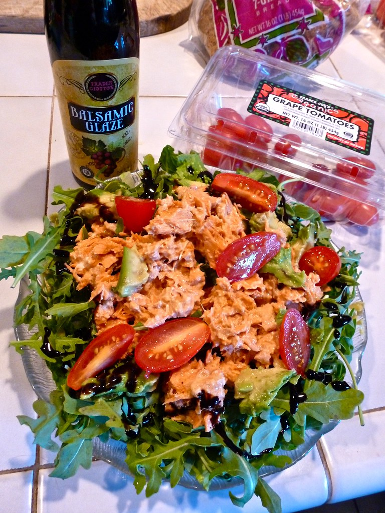 Salmon Arugula Salad, Low Carb, Balsamic