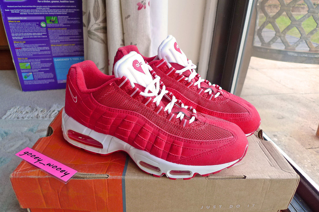 premium selection 3bd9a ea532 by gooey wooey Nike Air Max 95 Valentine ( 00).   by gooey wooey