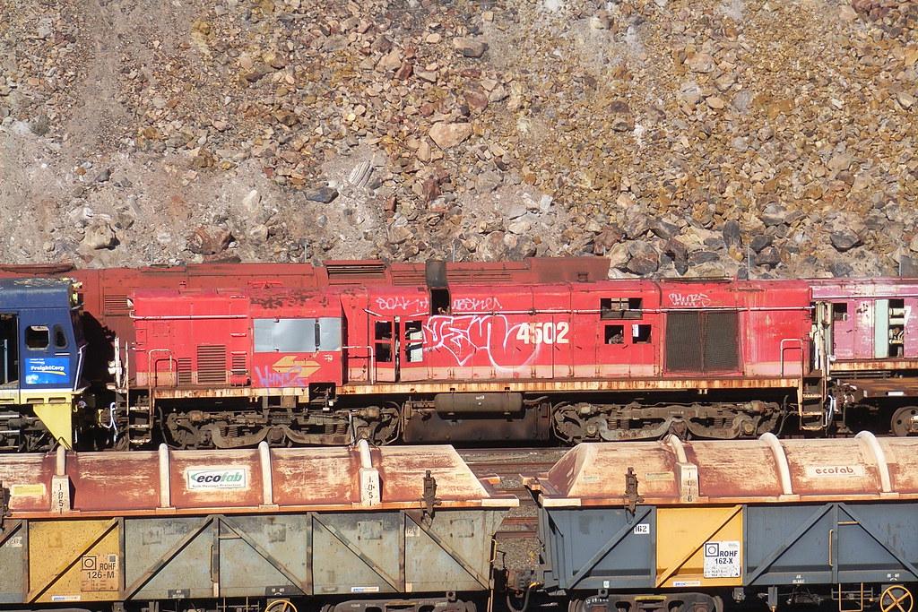 4502 in Broken Hill by bukk05