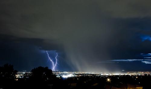 newmexico lightning landofenchantment newmexicomagazine thelookofthesouthwest therebeastormbrewin newmexicophotosbynewmexicophotographers worldlightning cloudsstormssunsetsandsunrisesp1c3