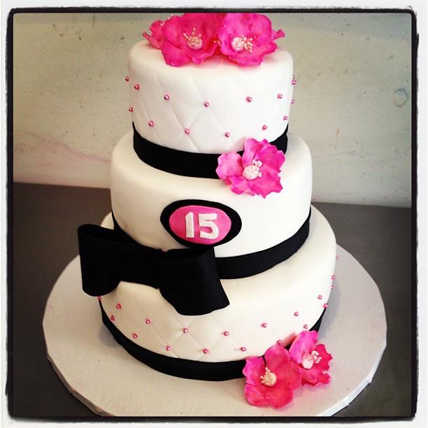 Astonishing Sweet 15Th Birthday Cake Vanilla Cake With Passion Fruit B Flickr Funny Birthday Cards Online Inifofree Goldxyz
