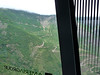 Lanovkou ke klášteru Tatev, dole serpentiny po nichž se jezdilo před stavbou lanovky, foto: Petr Nejedlý