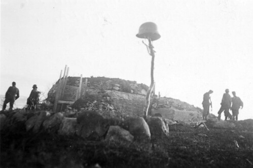 Kamp ved en bunker i Titowka, korporal Köchl falt her