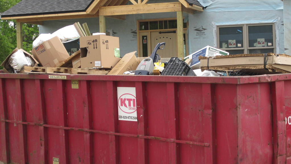 Benefits of a Construction Dumpster for Your Worksite