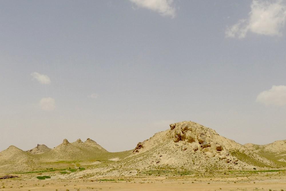 yazd-shiraz-L1020915