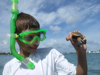 AJ with a cool fighting conch.