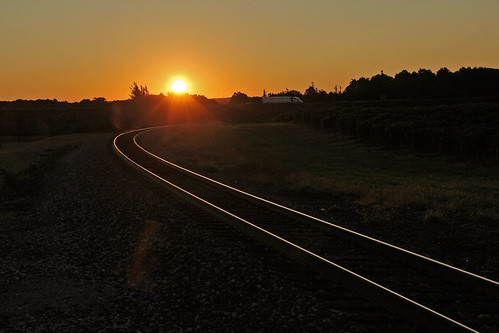 sunrisephotography sunrise trucks norfolksouthern nsbuffalodistrict nslakeeriedistrict tracks railroadtracks rails bortroad northeastpennsylvania sun reflectionphotographs
