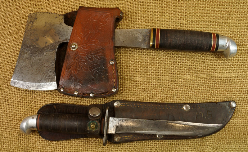 RD14019 Vintage Western Knife & Hatchet Combo Boulder, Colo. DSC05364