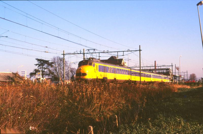 08444063-2908 Woerden 14 november 1986 by peter_schoeber