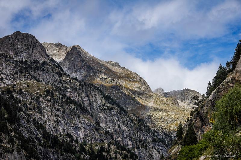 Montañas que rodean el Estany de Cavallers