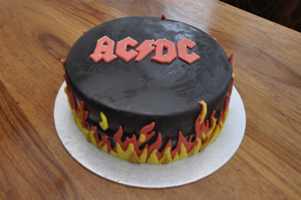 Tremendous Ac Dc Cake A Photo On Flickriver Funny Birthday Cards Online Kookostrdamsfinfo
