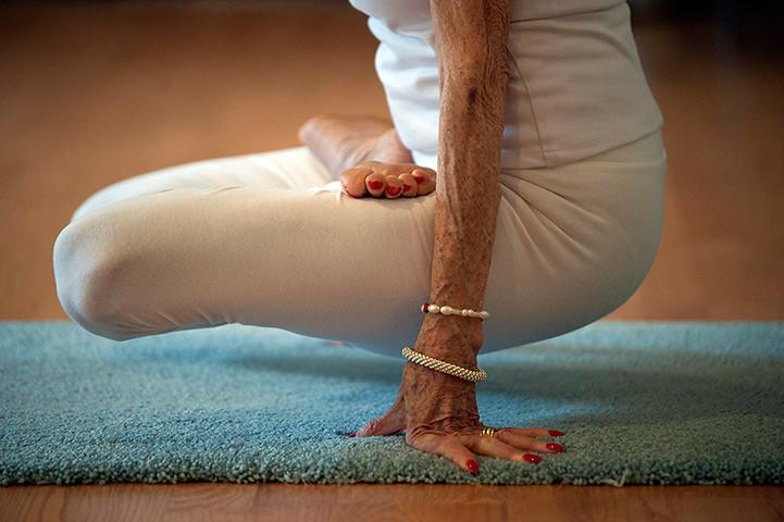 Hartsdale New York Us Yoga Instructor Tao Porchon Lynch Flickr