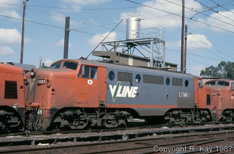 L-1169 at Traralgon Loco Depot by Robert Kay