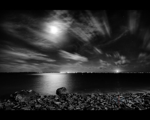 ocean longexposure red sky usa moon lighthouse seascape water night clouds mouth river stars landscape nc rocks fear northcarolina windy atlantic cape bouy southport constellation oakisland scorpius