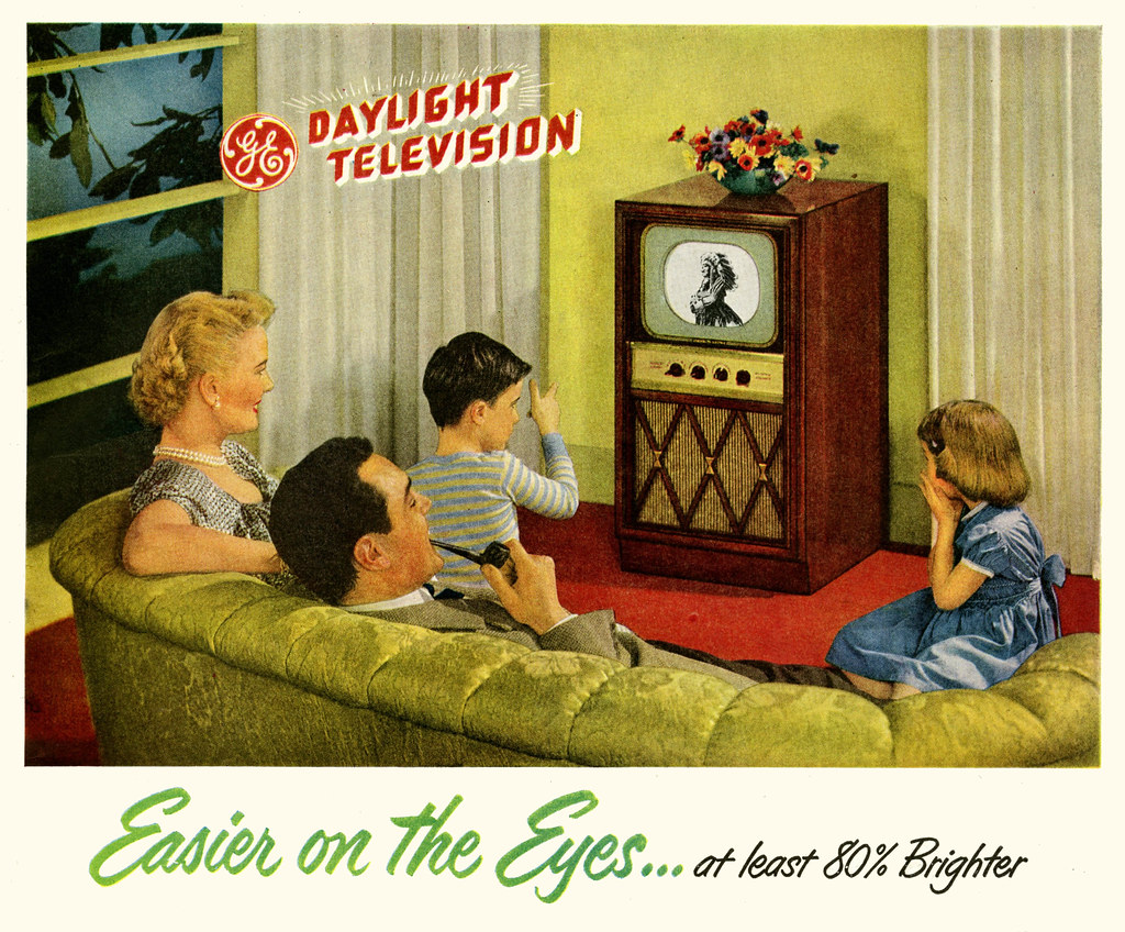 Tv Plasma Kast.The Nuclear Family 1949 They Enjoyed The Test Pattern For Flickr