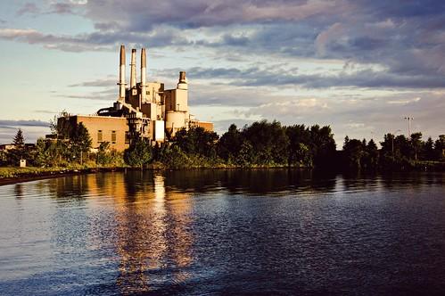lake plant reflection wisconsin sunrise bay industrial power superior ashland lightroom a55 picmonkey chaquamegon