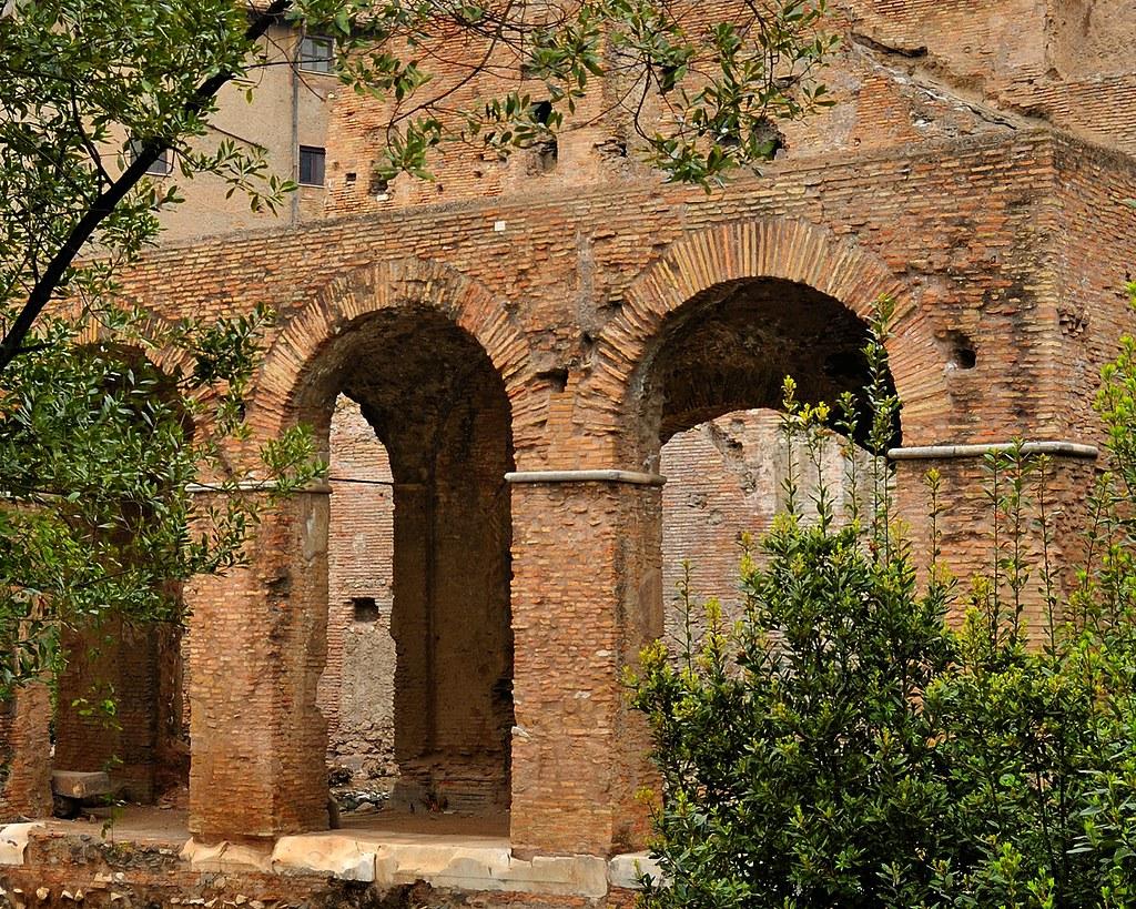 Ancient construction techniques - opus latericium, opus ca