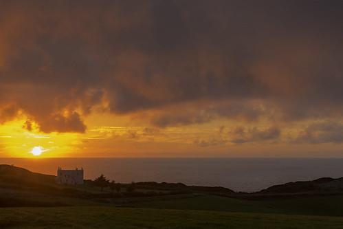 sunset bude coast cornwall camping widemouthbay breathtakinglandscapes canon5dmkiii canonef24105mmlense sea ocean redsky
