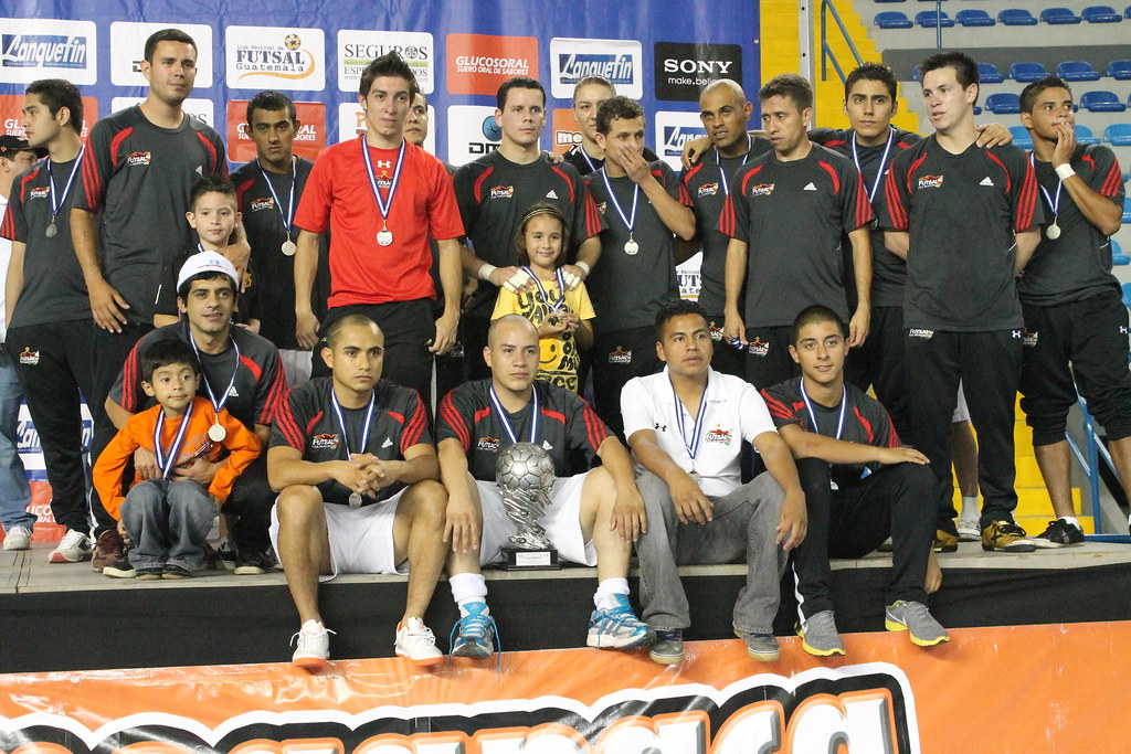 Glucosoral vrs. Aquasistemas (Final Torneo Clausura 2011-2012)