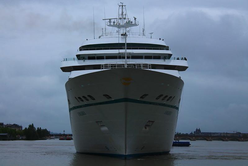 Accostage paquebot Amadea - Port de Bordeaux - 3 juin 2012