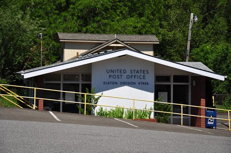 Elkton Post Office