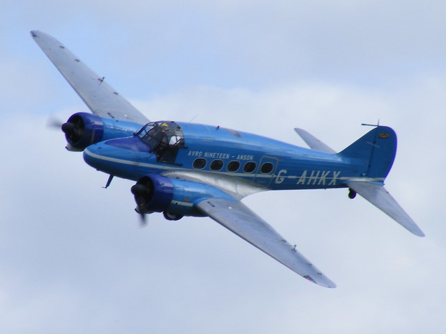 Avro Nineteen Anson - G-AHKX @ Shuttleworth 2009