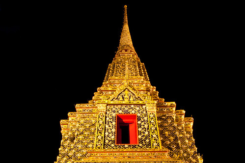 Rama IV Chedi at Wat Po | by Mark Fischer