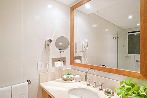 Baño Apartamento Tipo 3 — Hotel Irotama del Sol (Santa Marta, Colombia) | by Hotel Irotama Resort Santa Marta