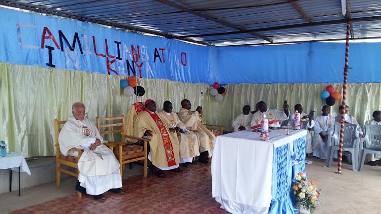 Il Vescovo di Kisii durante la celebrazione del 40   anniv.