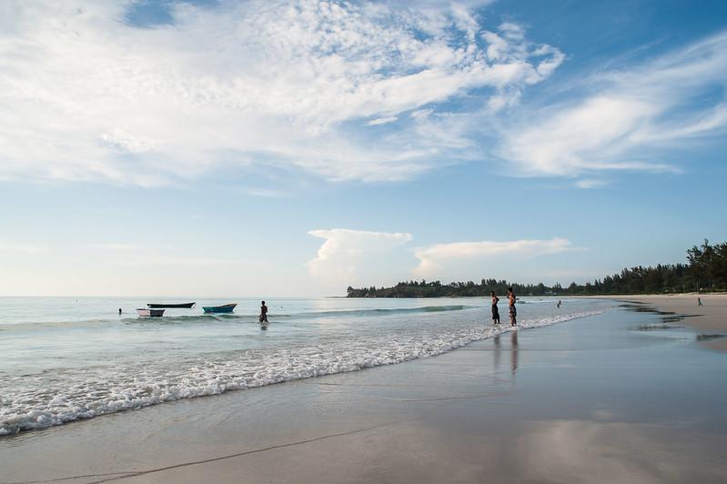 Pantai Kalampunian