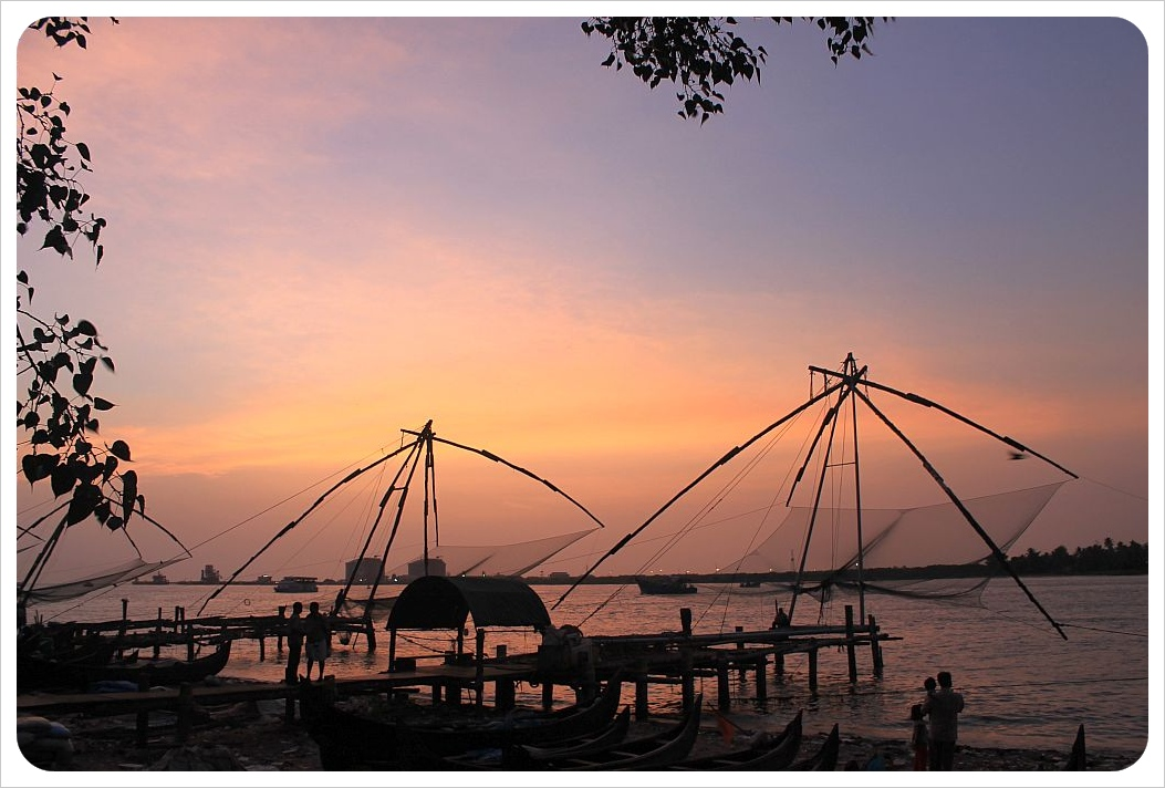 fort kochin chinese fishing nets at sunset