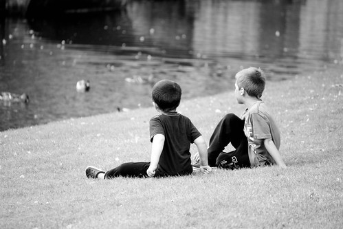 Kids watching the ducks | by Kit4na