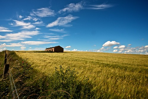 england sky field barn evening explore buckingham