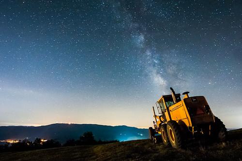sky tractor night dark stars lights galaxy johndeere milkyway