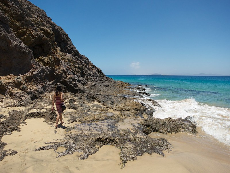 Exploring the various coves of the Coast of Papagayo