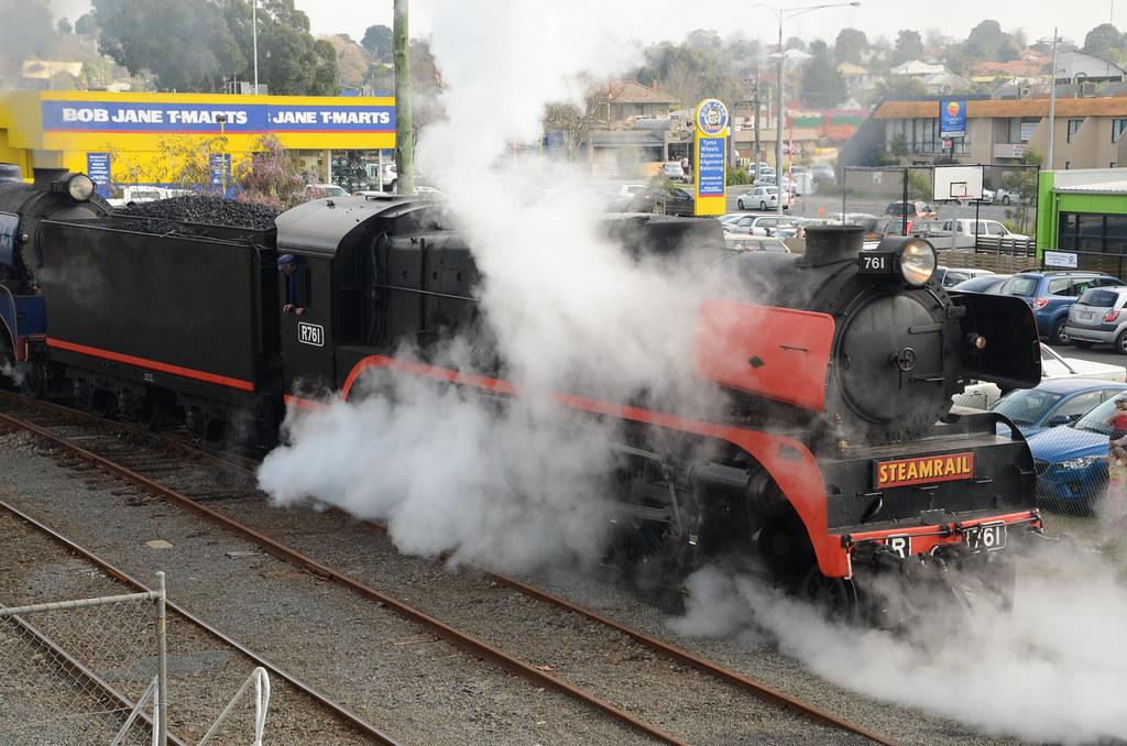 R761 at Traralgon by James Hansen