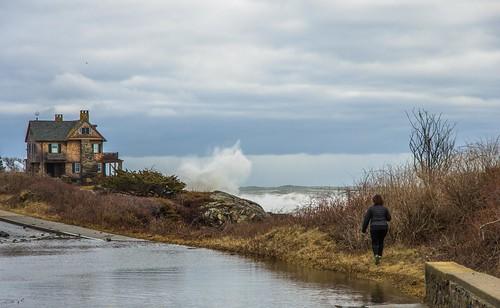 kennebunkport maine storm coastal coast surf oceanave newengland stonehouse