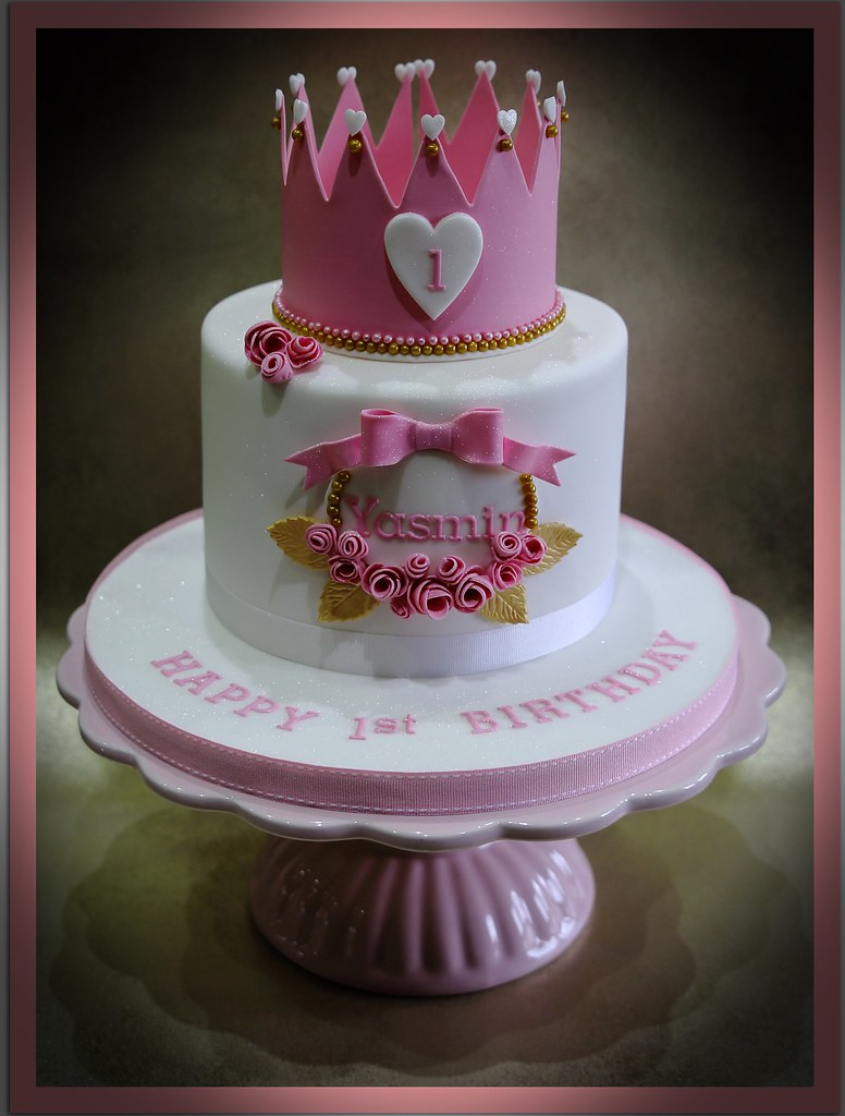 Excellent Princess Themed Birthday Cake Anita Barrett Flickr Personalised Birthday Cards Veneteletsinfo