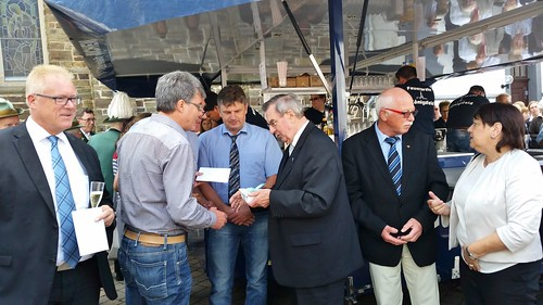 6.8.17 Kapellenverein gratuliert Pastor Fechler zum Jubiläum (2)