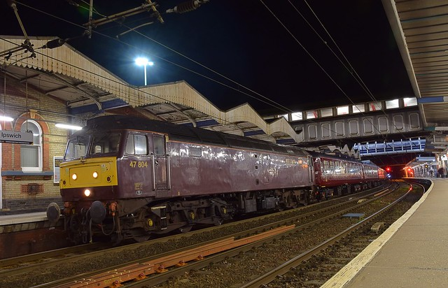 West Coast 47804 at Ipswich, with the Cathedral Express Tour from Salisbury, about to take the ECS to Southall, with 47746 on the rear. 05 04 2018