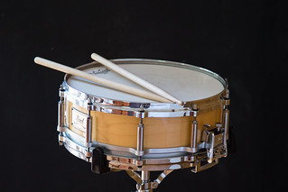 Snare drum   by YannickWhee