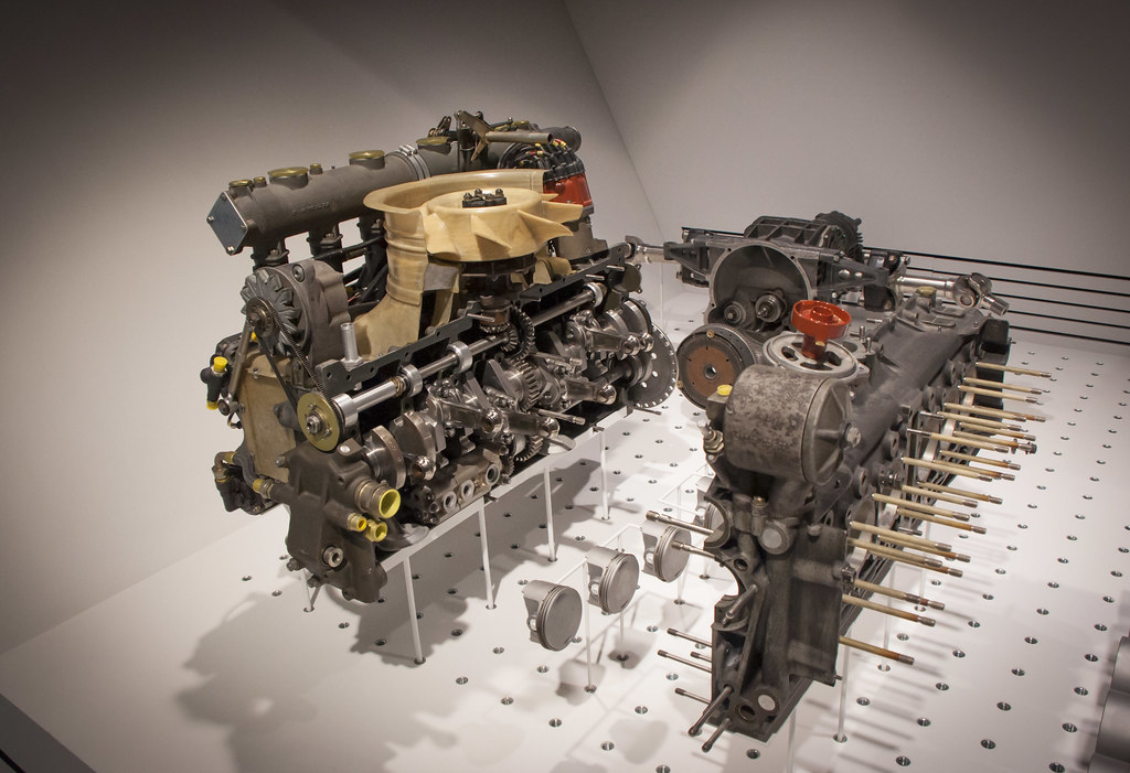 A Eb A Cd B on 4 Cylinder Engine Exploded View