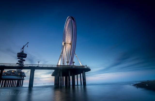 Ferris wheel in Scheveningen
