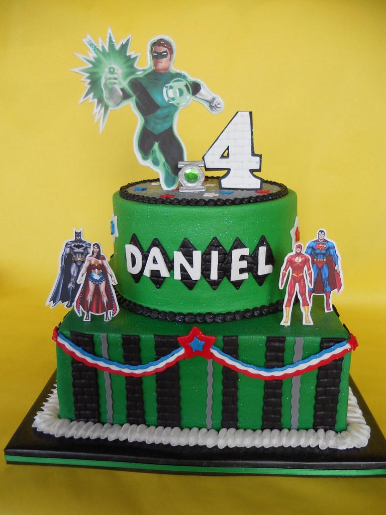 Superb Green Lantern Birthday Cake Amy Stella Flickr Funny Birthday Cards Online Amentibdeldamsfinfo