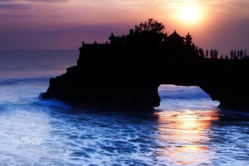 sunset sea bali tanahlot purabatubolong matrach