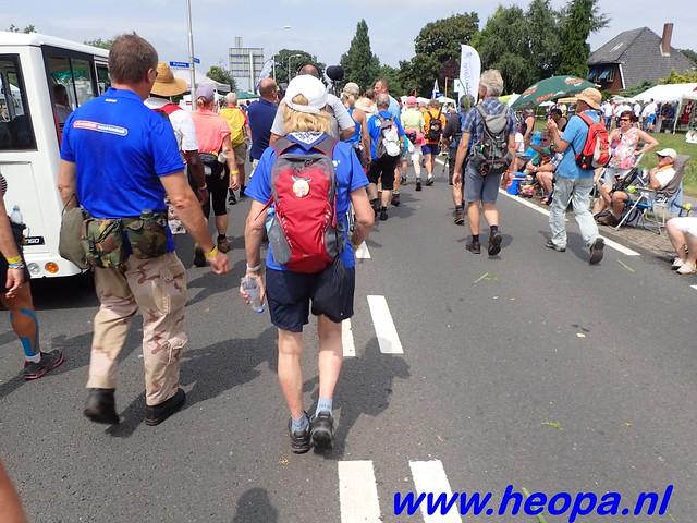2016-07-22   4e     dag Nijmegen      40 Km   (130)