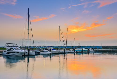 taiwan ilan wushiport dawn sunrise cloud sky boat port reflection northeastcoast 台灣 宜蘭 頭城 烏石港 晨曦 火燒雲 漁港 帆船 toucheng outdoors scenery