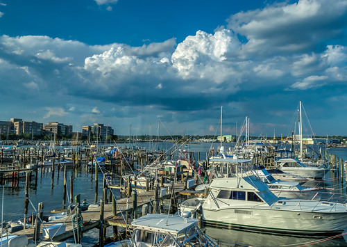 connecticut hdr newlondon nikon nikond5300 thamesriver boat boats clouds geotagged harbor marina sky summer water unitedstates onthewaterfront restaurant